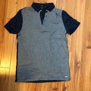Hugo boss polo shirt fits men's size small